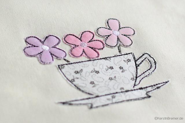 Tasse mit Blumen